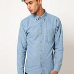 Chemise en jean avec col à pointes en forme de tête de mort
